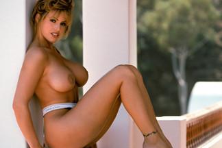 Sandra Taylor nude pics