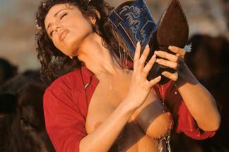 Denise Luna sexy pics