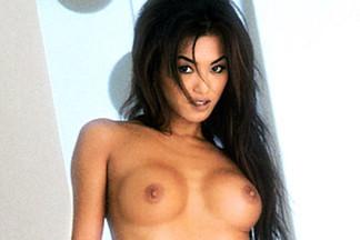 Suzi Simpson sexy pictures