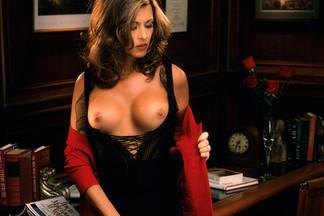 Barbara Keesling sexy pics