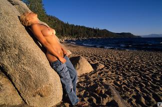 Leslie Sferrazza nude photos
