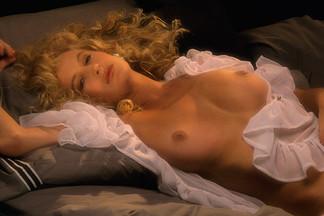 Leslie Sferrazza nude pictures