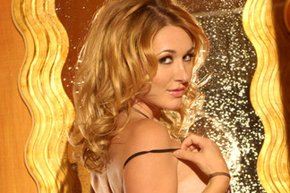 Andrea Lowell nude pics