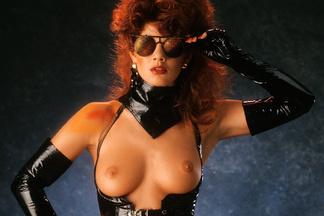 Shannon Long, Lynne Austin nude pics