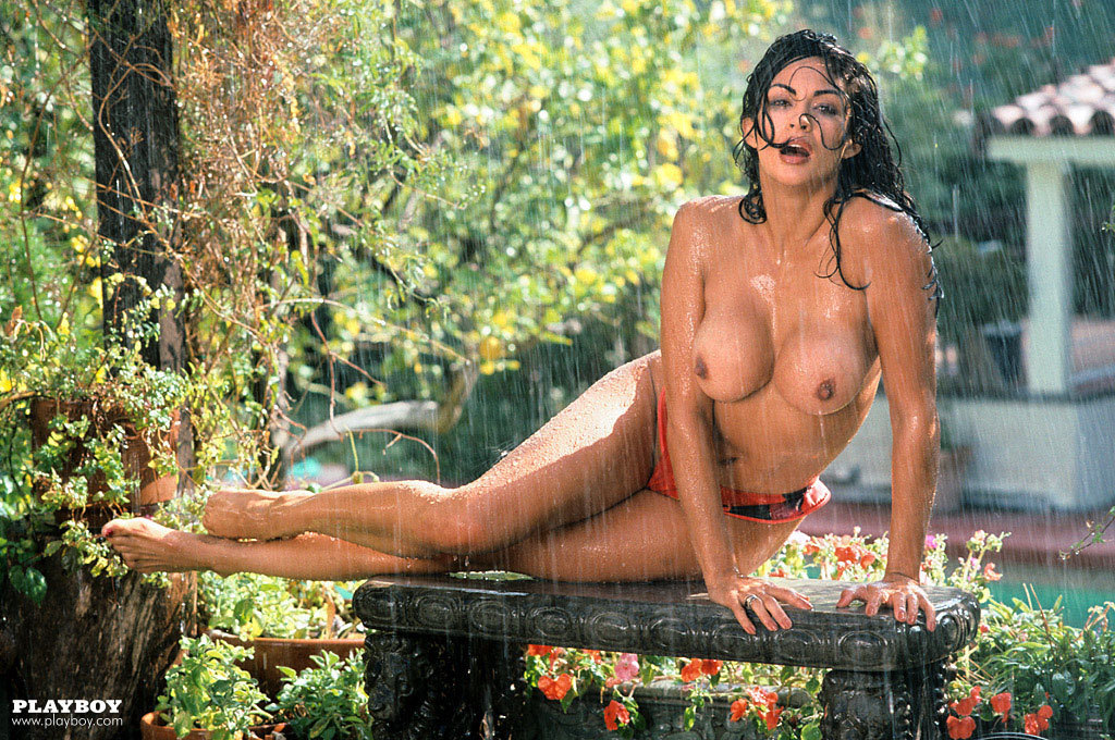 playboy-rebeca-ferrati-nude-shameless-fatnude