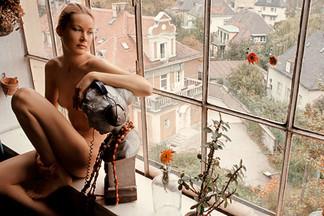 Anulka Dziubinska sexy photos