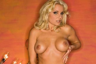 Beth Fithen, Sara Stokes nude pics