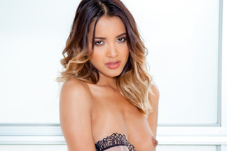 Cassandra Dawn nude photos