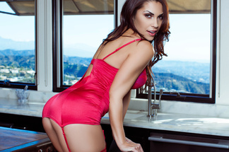 Chelsie Farah sexy pictures
