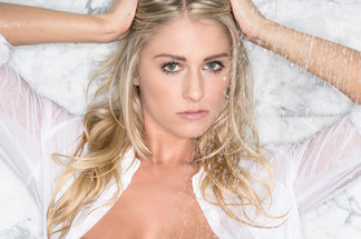 Traci Denee nude pictures