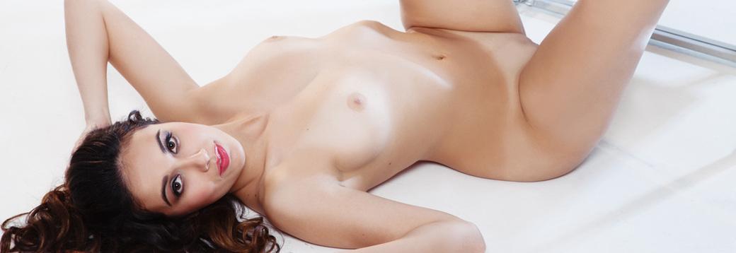 Anna Capri