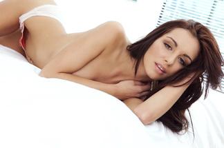 Nicolette Novak, Leanna Decker, Paige Phillips hot pictures