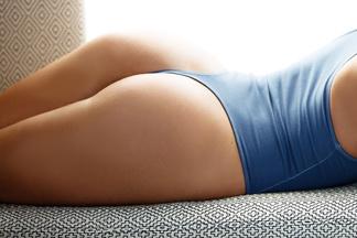 Nikki Leigh hot pics