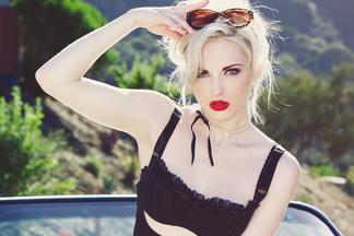 Carissa White hot pics