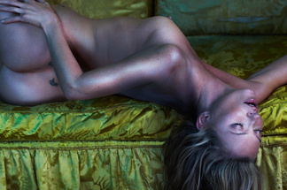 Kate Moss naked pics