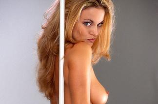 Victoria Burchfield naked pics
