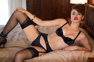 Britt Linn hot pics