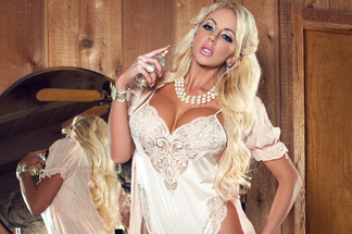 Nicolette Shea naked pictures