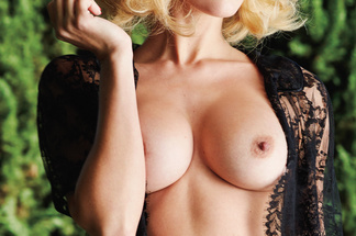 Kennedy Summers naked pics