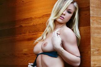 Nikki Leigh, Elena Romanova, Thuy Li, Belen Lavallen, Tiana Nicole nude pictures