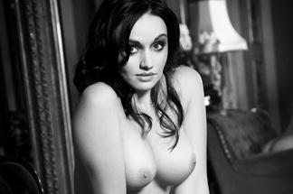 Roxane Viljoen nude photos