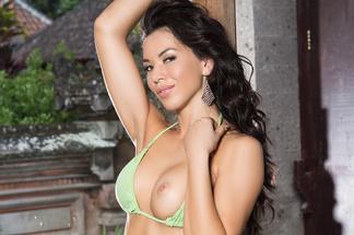 Emy Richardson - nude photos