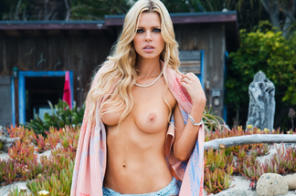 Sophie Monk - naked pics