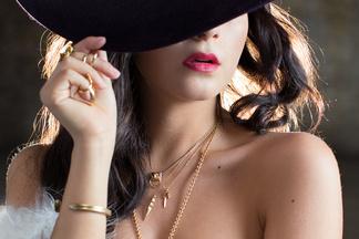 Alexandra Tyler - naked photos