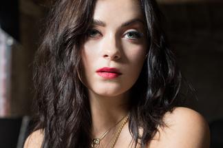 Alexandra Tyler - hot pics