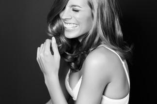 Sarah Smit - sexy pictures