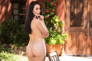 Lauren O'Conner - nude pics