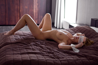 Nienke Vaneker - nude pictures