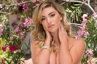 Niki Skyler - nude pictures