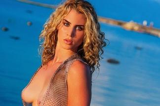 Leona Rajacic - sexy photos