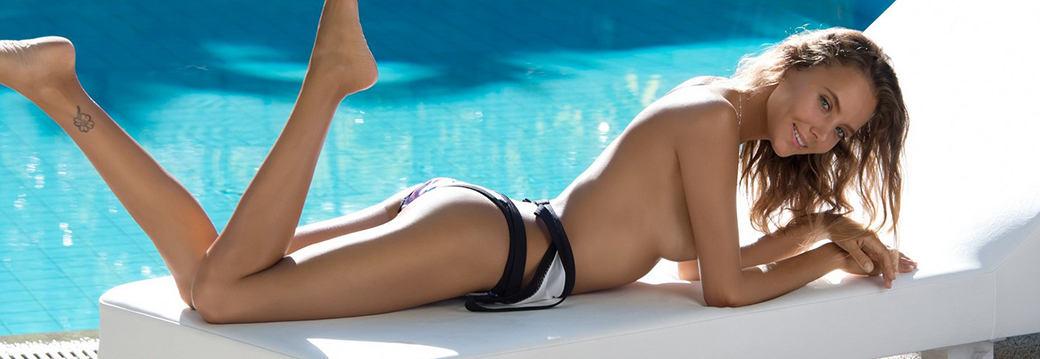 Katya Clover in Fun in the Sun