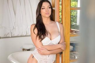 Kelsi Shay - naked pics