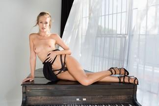 Olivia Preston - beautiful pictures