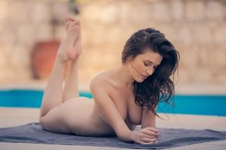 Serena Wood - naked pics