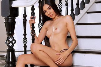 Victoria Antoinette in Soft Approach