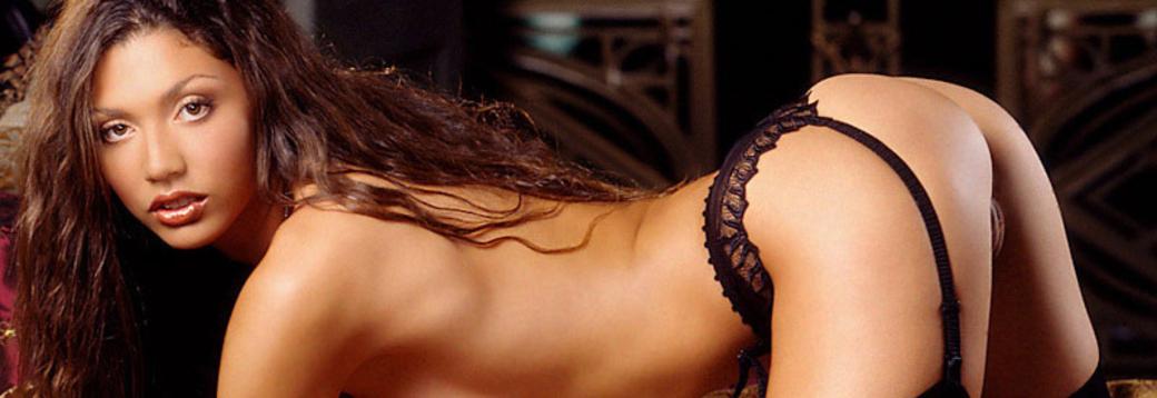 playboy-naked-paintball-hd-sexy-bhabhi-photo